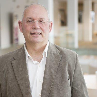 Gemeentesecretaris Dick van Huizen